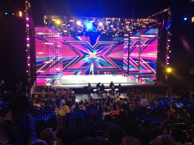 News, X-Factor, Austin, set