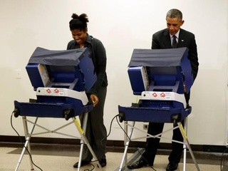 President Obama jokes at early voting