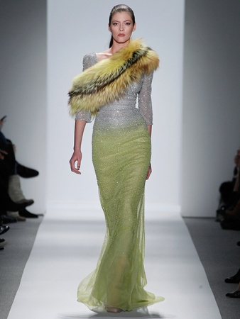 Fashion Week fall 2013, Dennis Basso, February 2013, boa