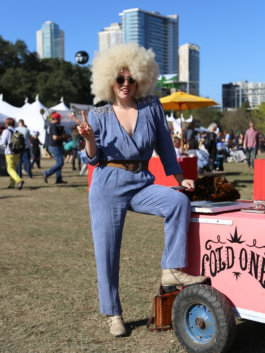 the top looks from hip austin trendsetters spotted at fun fun fun fest culturemap austin. Black Bedroom Furniture Sets. Home Design Ideas