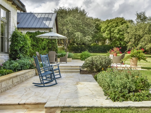 3904 Toro Canyon Rd Austin house for sale patio