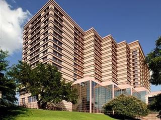 Sheraton Austin exterior