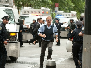 Kevin Costner in Jack Ryan: Shadow Recruit