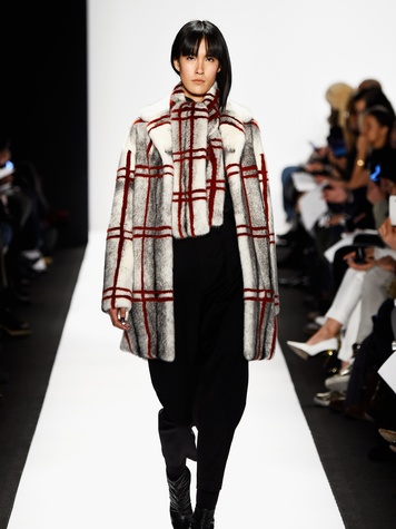 463506170 Clifford New York Fashion Week Fall 2015 February 2015 Carmen Marc Valvo