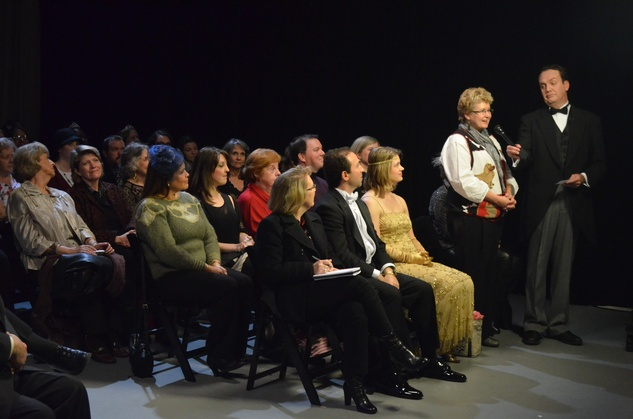 Ernie Manouse speaks to an audience member during a taping of Manor of Speaking following Downton Abbey season finale