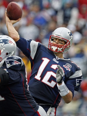 News_Tom Brady_Patriots_football player