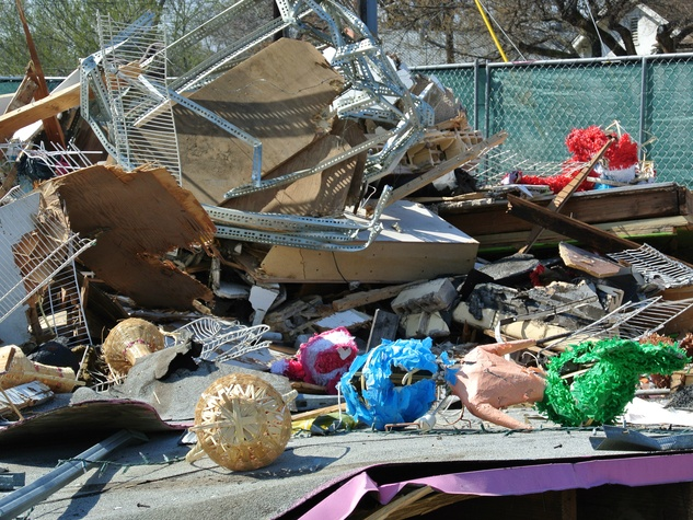 Pinata store torn down East Austin Jumpolin