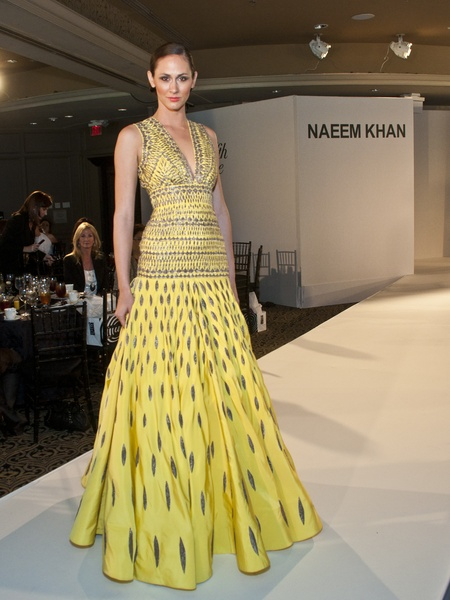 News_Naeem Khan_Catwalk for a Cure_fashion
