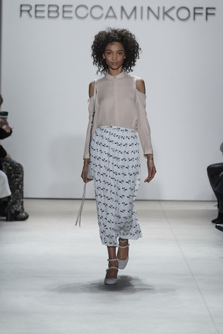Rebecca Minkoff Look 10 shoulders