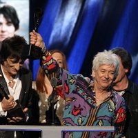 Austin Photo Set: News_sig_Ian McLagan _rock and roll hall of fame_april 2012_ceremony
