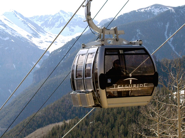 News_Allie_Telluride_gondola