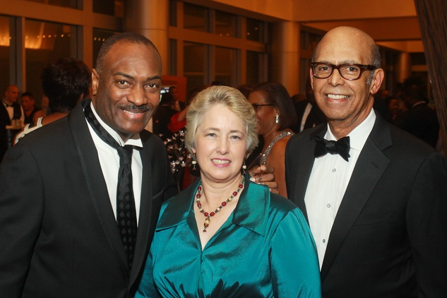 131 Reginald Van Lee, from left, Mayor Annise Parker and Dr. Michael Lomax at the UNCF Gala November 2013