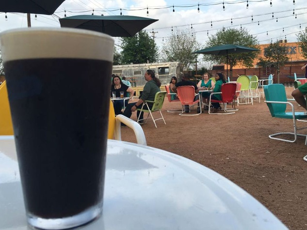 The 11 best bars in downtown san antonio to fill up on for Craft beer san antonio