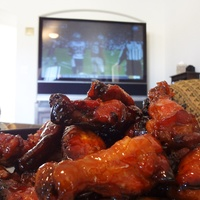 Chicken wings, TV, football
