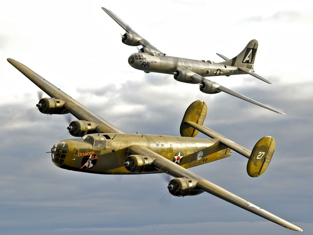 Commemorative Air Force presents 2016 Wings Over Dallas WWII Airshow