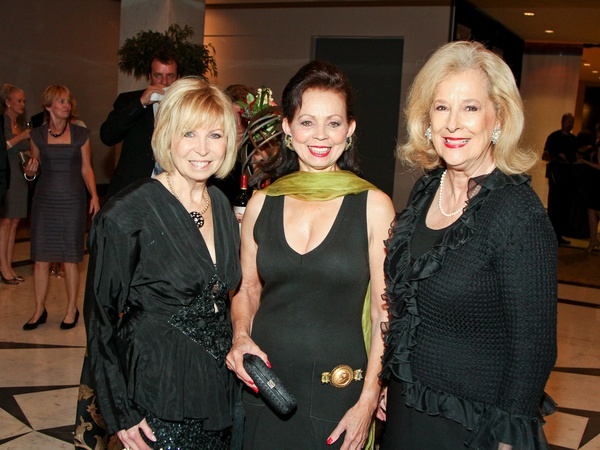 Medical Bridges gala, October 2012, Dorothy Bolettieri, Danielle Ellis, Mary Ann McKeithan
