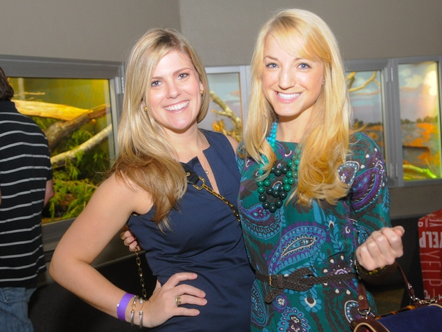 9634 Rachel Wylie, left, and Tamra Wilkerson at the Scales and Cocktails Houston Zoo Flock event