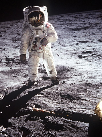 News_Buzz Aldrin_Apollo_11_astronaut