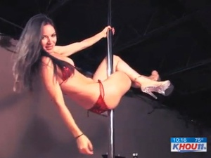 News_Sarah Tressler_pole dancing