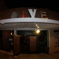 Austin Photo: places_drinks_dive bar_exterior