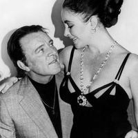 Bulgari exhibit at the Houston Museum of Natural Science  Bvlgari Elizabeth Taylor Richard Burton_1975_ Bvlgari Everett Collection