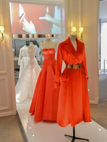 14 Dior Salon Paris tour June 2013