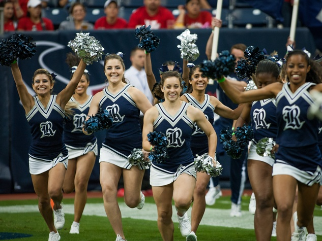 Rice football cheerleaders