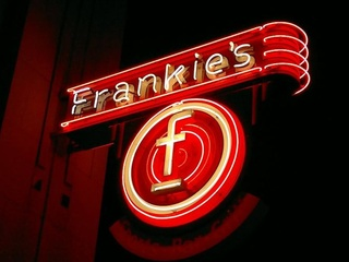 Frankie's Sports Bar & Grill in Dallas