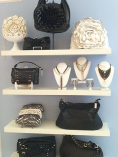 Austin photo: places_shopping_touch of sass_purses