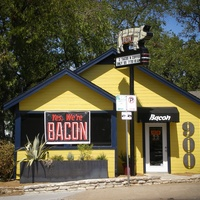 Austin Photo Set: News_Ryan Lakich_Bacon_September 2011_exterior