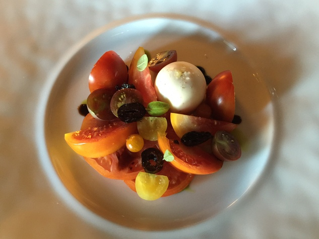 Inn at Dos Brisas caprese salad