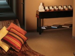 exhale mind body spa lounge area