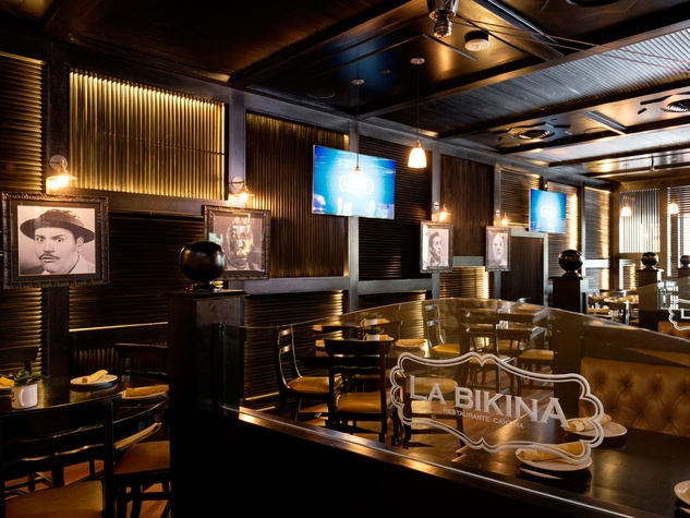 3 La Bikina in The Woodlands September 2014 interior