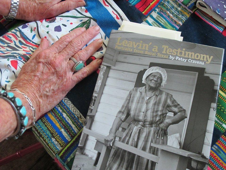 News_Katie_Patsy Cravens_Patsy's hands and book