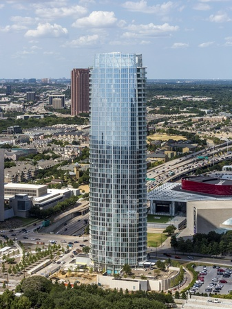 Museum tower pleads its case with another full page ad in for Case building dallas