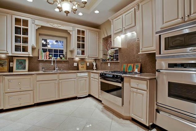 Kitchen of 4420 Rawlins Ave. in Dallas