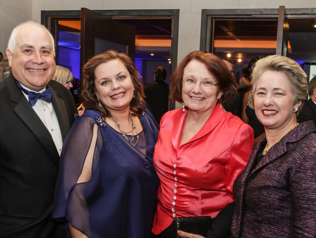 12 Bill Flores and Noel Bezette-Flores, from left, Kathy Hubbard and Mayor Annise Parker at the UH Downtown 40th anniversary gala January 2015