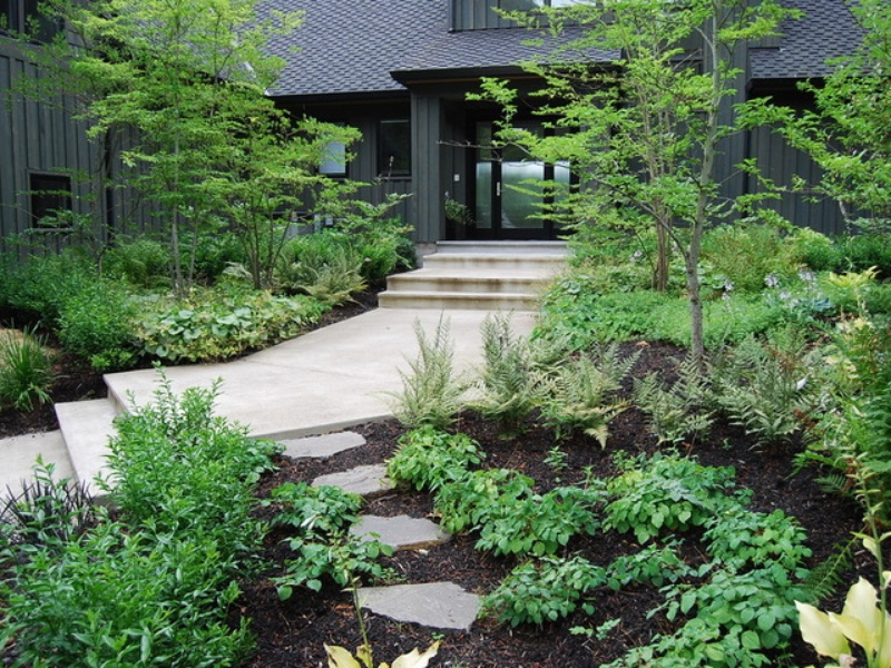 slideshow 6 expert ways to save on your garden renovation