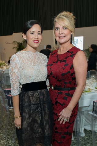 Stephanie Fleck, Melissa Juneau at Oscar de la Renta fashion show at MFAH