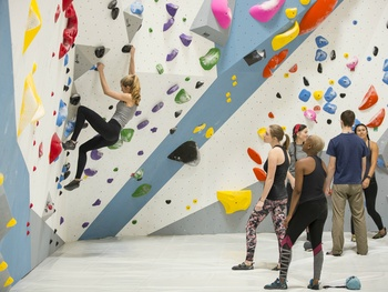 Houston's largest indoor climbing gym debuts off Washington Ave