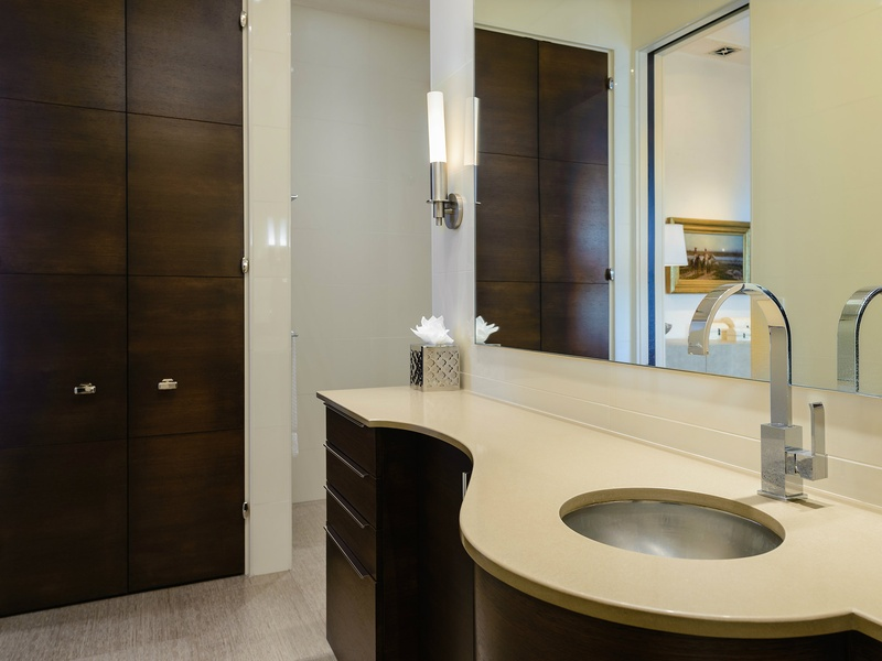 Bathroom Floor To Ceiling Storage : Slideshow hard to beat the view at this dallas