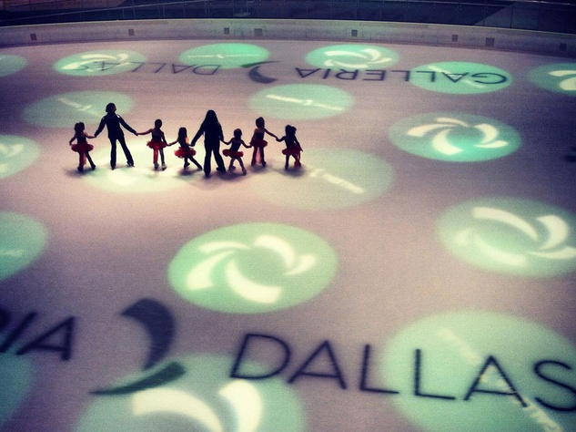 Ice skating rink at Galleria Dallas