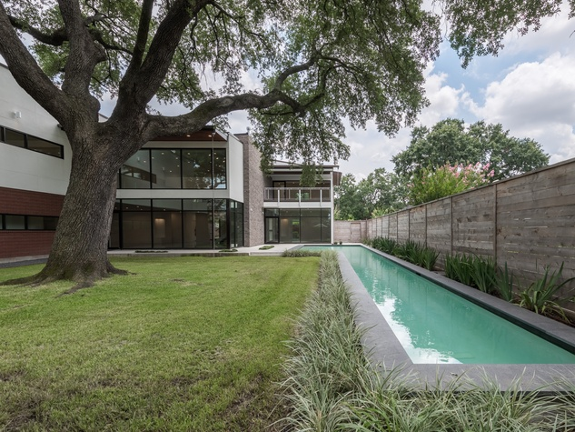 Who needs mid century modern when this home offers 21st for Mid century modern architects houston