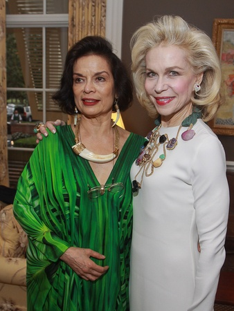 News_Rothko 40th_Bianca Jagger_Lynn Wyatt