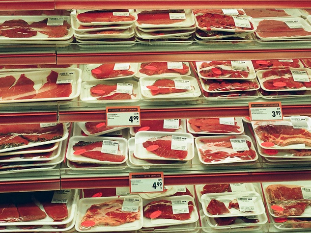 News_meat_red meat_hamburger meat_grocery store