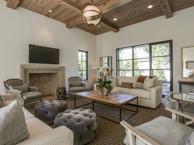 Cozy family room in Dallas custom home