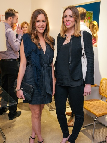 1 Amanda Knox, left, and Amelia Tomjanovich at the Lynn Goode Vintage opening reception March 2014