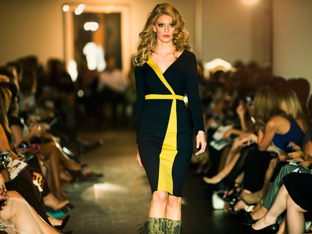 2 David Peck fashion show October 2014 model on runway