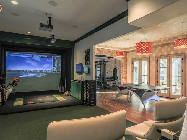 Golf simulator at 10179 Brook Hollow Court in Dallas