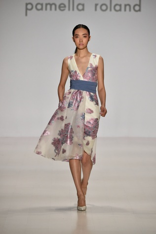 Pamella Roland spring 2015 collection Look 12